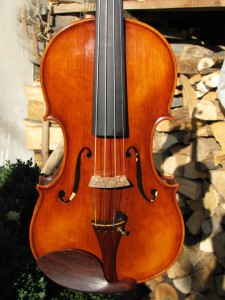 violin-Guarneri1742-2013-1